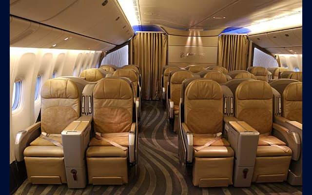 Boeing 777 300er Photo 2