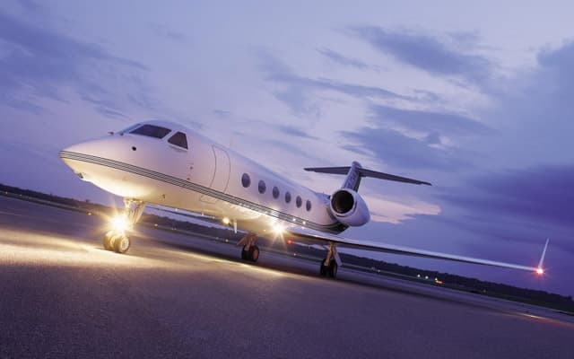 Gulfstream G450 Photo 3
