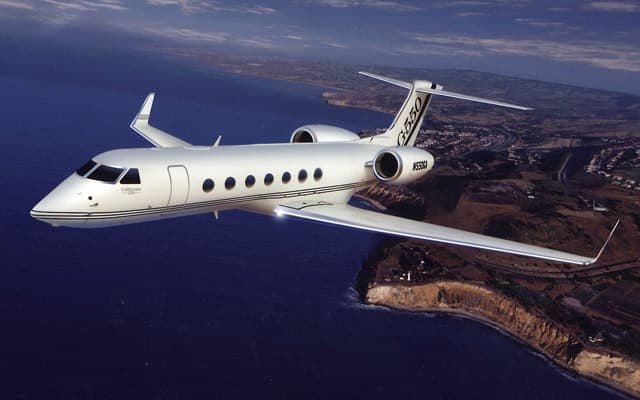 Gulfstream G550 Photo 3