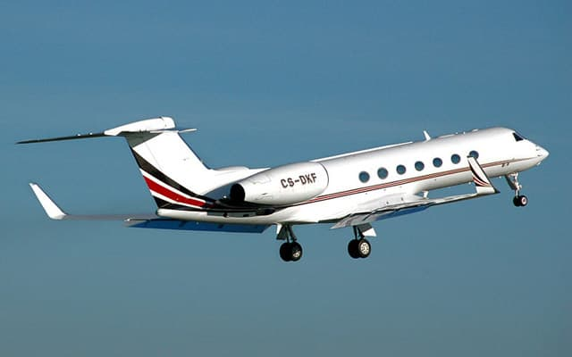 Gulfstream G550 Photo 4