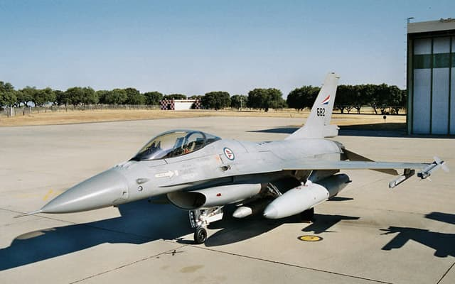 Lockheed Martin F16 Photo 3