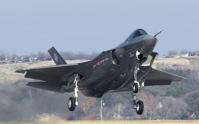 Lockheed Martin F35 Lightning II Photo 2