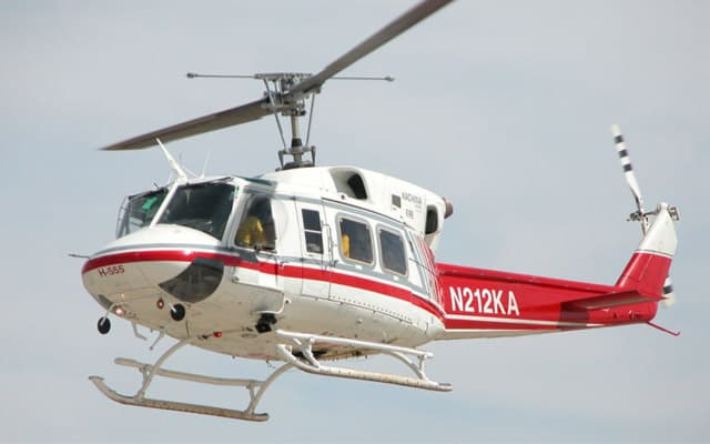 Bell 412 Photo 1
