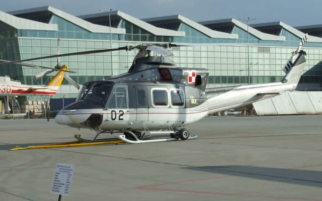 Bell 412 Photo 3