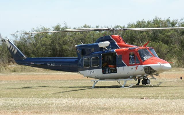 Bell 412 Photo 4
