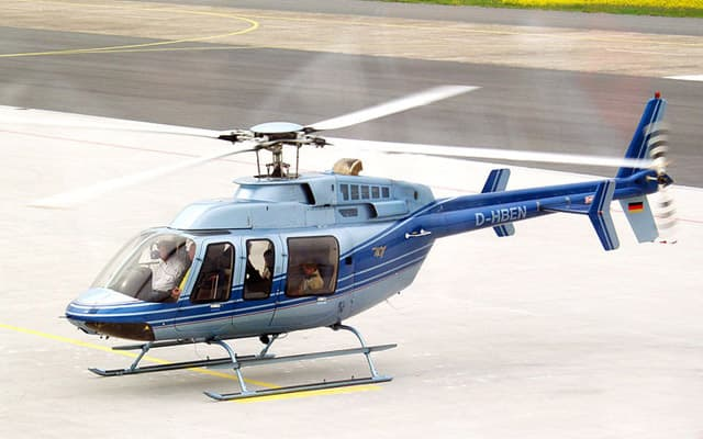 Bell 407 Photo 3