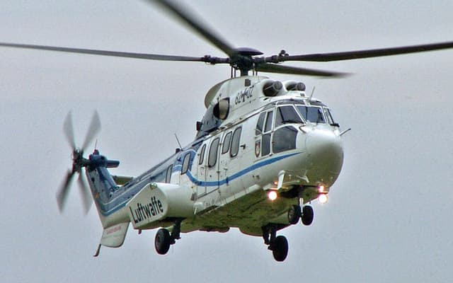Eurocopter AS332 L1 Super Puma Photo 1