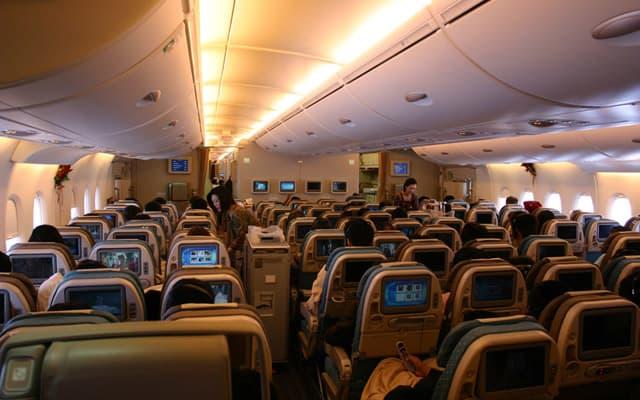 Airbus A380 800 Photo 2