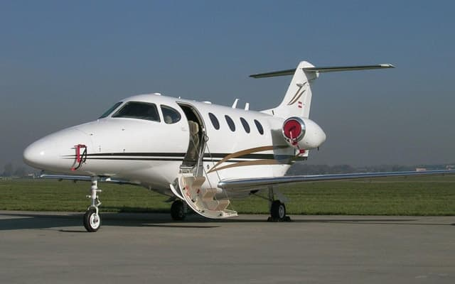 Beechcraft Premier 1A Photo 3