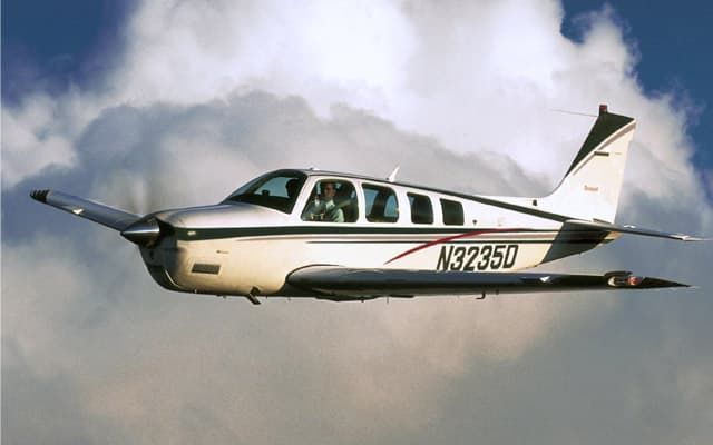 Beechcraft Bonanza g36 Photo 1