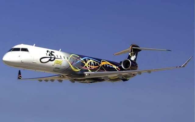 Bombardier CRJ 900 Pic 4
