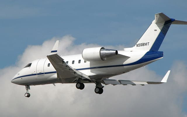 Bombardier Challenger 605 Pic 1