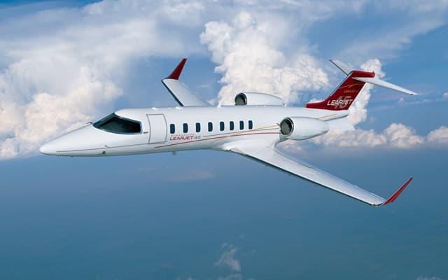 Bombardier Learjet 45 XR Pic 4