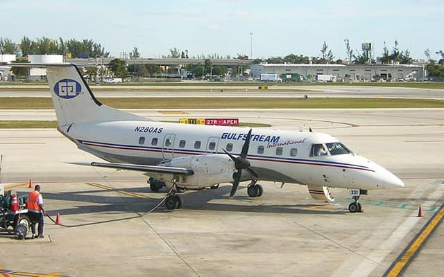 Embraer emb 120 Photo 4