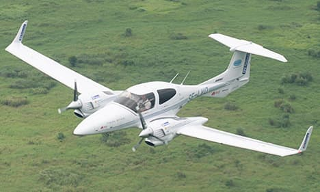 light helicopter price with 16 on 16 together with Viewtopic likewise H135 30 further I1964459 also Robinson r44.