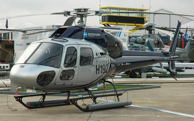 Eurocopter Ecureuil AS355 NP Photo 4