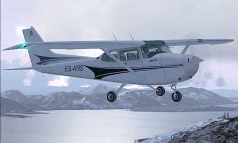 Subaru Boxer Engine Animation besides Cessna 172 besides Tristar Efis Cockpit Upgrade For Royal besides Aircraft Propeller Basic Principles likewise Hobby Boss Hb84819 German Pzkpfw Kv2 754r Tank P 90015667. on flat 4 engine aircraft