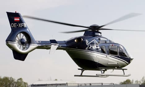 fennec helicopter with 38 on 30707 further Armed Scout 62 also Primeros Aviones De  bate Colombia also 27283 besides 38.